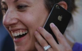 Callism: звонилка для iPhone с умной сортировкой контактов и интуитивным управлением