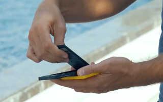 Что нужно сделать когда телефон упал в воду? Советы по спасению устройства